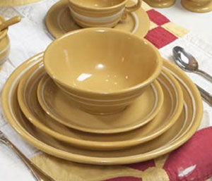 Yellowware - Luncheon Plate