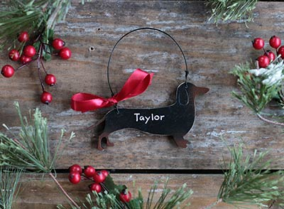 Dachshund Christmas Ornament (Personalization)