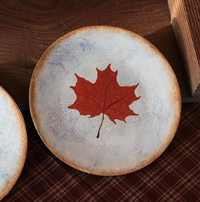Maple Leaf Painted Decorative Plate with Ivory Crackle