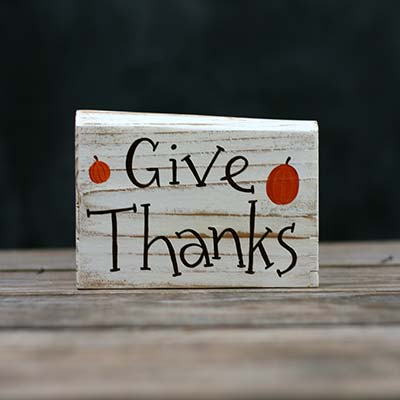 Give Thanks Sign with Pumpkins