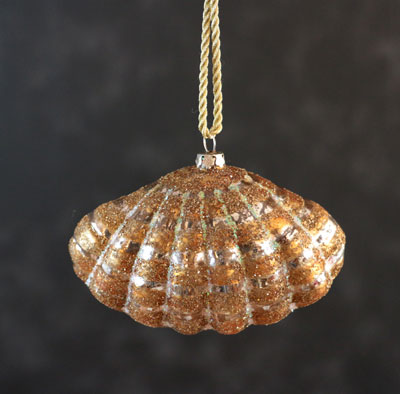 Clam Shell Ornament - Gold