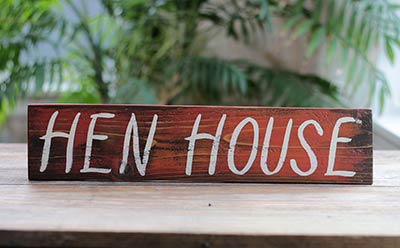 Hen House Wood Sign (Custom Color Available)