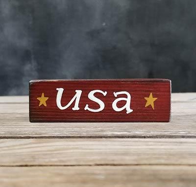 USA Mini Stick Shelf Sitter with Stars - Distressed Red