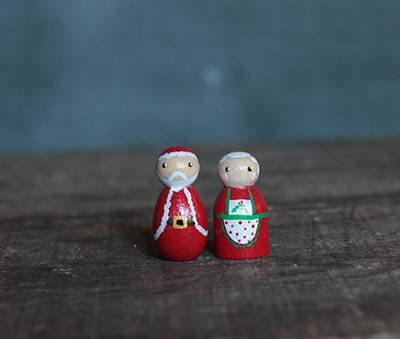 Mini Santa & Mrs. Claus (Set of 2)