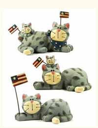 Blossom Bucket Grey Cats with Flags (Set of 3)