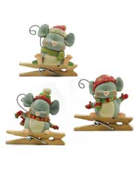 Blossom Bucket Christmas Mouse with Mitten Clip Ornament