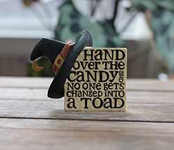 Candy Plaque with Witch Hat
