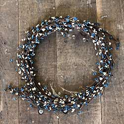 Blue & Cream Pip Berry Wreath (16 inch)
