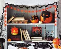 TAG Black Bat Felt Garland
