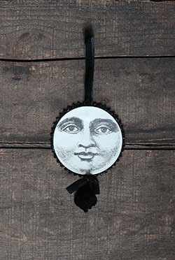 Halloween Disc Ornament - Moon