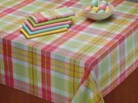 Daisy Plaid Tablecloth, 52 x 52