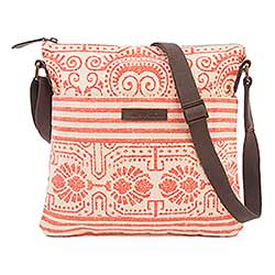 Amber Explorer Crossbody