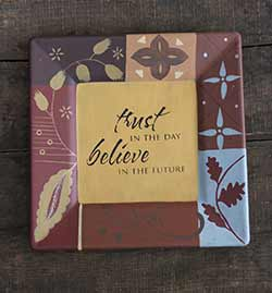 Trust in the Day Plate