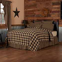 Black Check Quilt Coverlet (Multiple Size Options)
