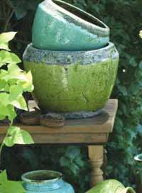 Rustic Terra Cotta Pot, Large (Green)