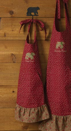 Balsam & Berries Apron - Baby Bear