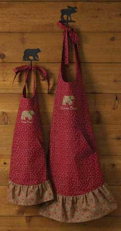 Balsam & Berries Apron - Momma Bear