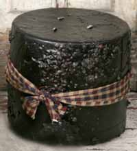 Black 3-Wick Cake Candle (Apple Spice)