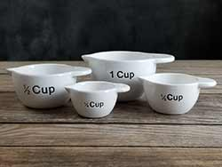Simple Farmhouse Measuring Cup Set