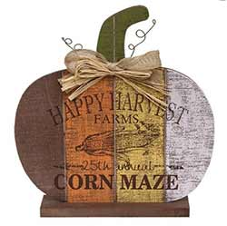 Corn Maze Pumpkin Decor