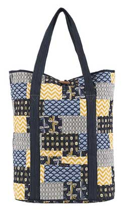 American Charm Carry All Travel Tote