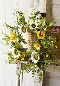 Summer Summit 24 inch Wreath