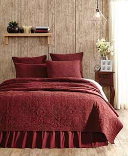 Cheyenne American Red Quilt - Luxury King