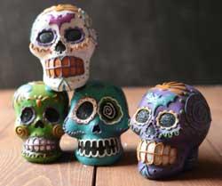 Ganz Carnival Skull Figure