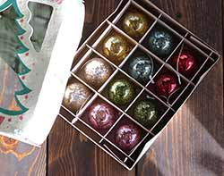 Small Vintage Christmas Ornaments (Set of 12)