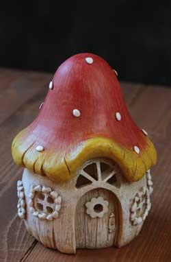 Mushroom House LED Figure