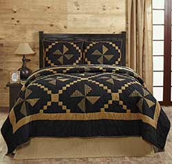 Edward Patchwork Quilt Set