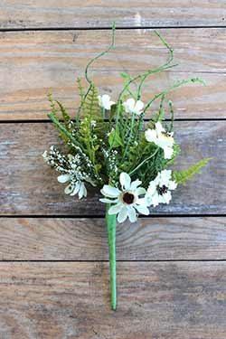 Daisy & Fern Bouquet
