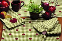 Apple Valley Placemats (Set of 4)