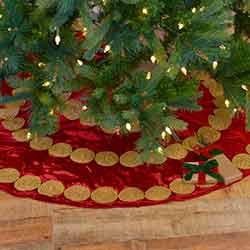 Memories Red 48 inch Tree Skirt