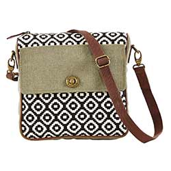 Pier 29 Journey Crossbody