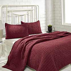 Rochelle Ruby Quilt Set (Multiple Size Options)