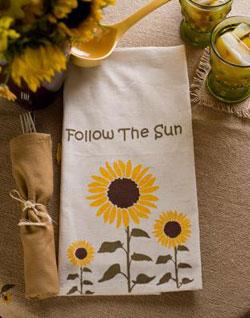 VHC Brands (Victorian Heart) Sunflower Tea Towels (Set of 2)