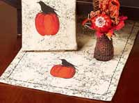 Crackle Pumpkin Crow Tablerunner