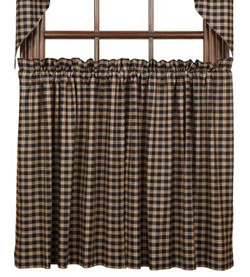 VHC Brands Bingham Star Tier, 36 inch - Plaid (Black, Red, and Tan)