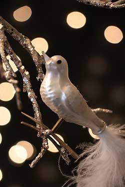 White Vintage Clip-on Bird Ornament
