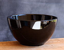 Black Mixing Bowl