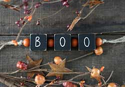 Boo Blocks Garland with Beads