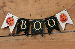 Boo Hand-painted Wooden Mini Garland with Jacks