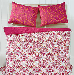 Adria Bright Rose Quilt Set (Multiple Size Options)