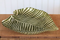 Striped Leaf Glass Plate