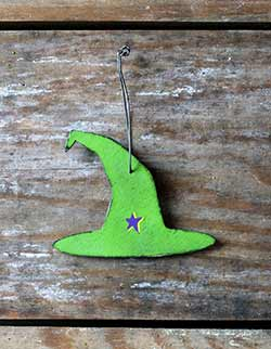 Green Witch Hat Ornament with Star