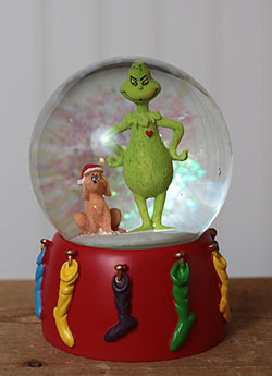 Grinch's Small Heart Grew Water Globe