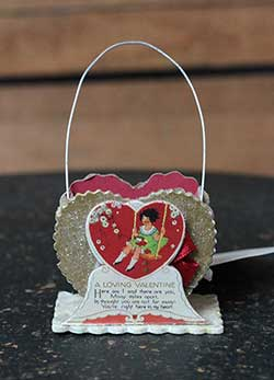 Loving Heart Mini Valentine Bucket Ornament