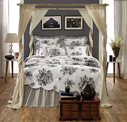 Josephine Black Quilt - Luxury King