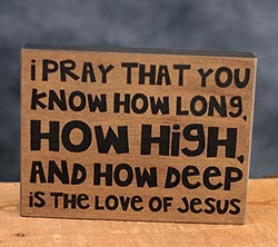 Pray Standing Box Sign